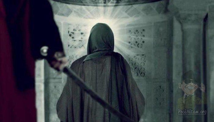 """Waspada Generasi Baru Ibnu Muljam, Saat Qur'an Jadi Dasar """"Menumpahkan Darah"""""""