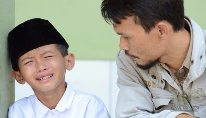Ini 5 Alasan dan Solusi Ketika Anak Tidak Betah di Pesantren