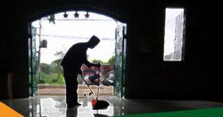 pengurus masjid minta gaji
