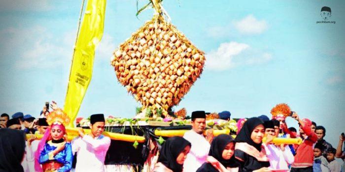 tradisi ketupat lebaran di indonesia