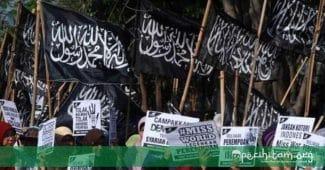 Kritik Terhadap Khilafah Ala Hizbut Tahrir: Tiga Kerancuan Nalar