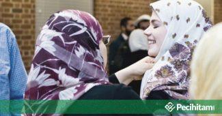 Muallaf dalam NU, Sebaiknya Melewati Muallaf Center Sebelum Naik Panggung