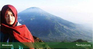 muslimah pendaki gunung