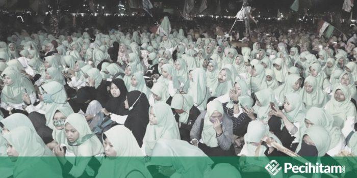 Wahabi Mengharamkan Al-Barzanji, Katanya Terlalu Berlebihan Memuji Nabi SAW, Benarkah? (Bag II)